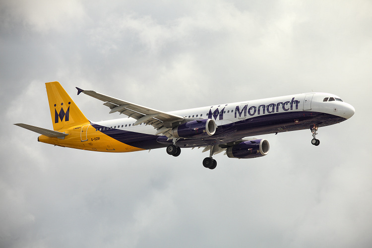 Airbus A321-231, Monarch Airlines, registrace G-OZBI
