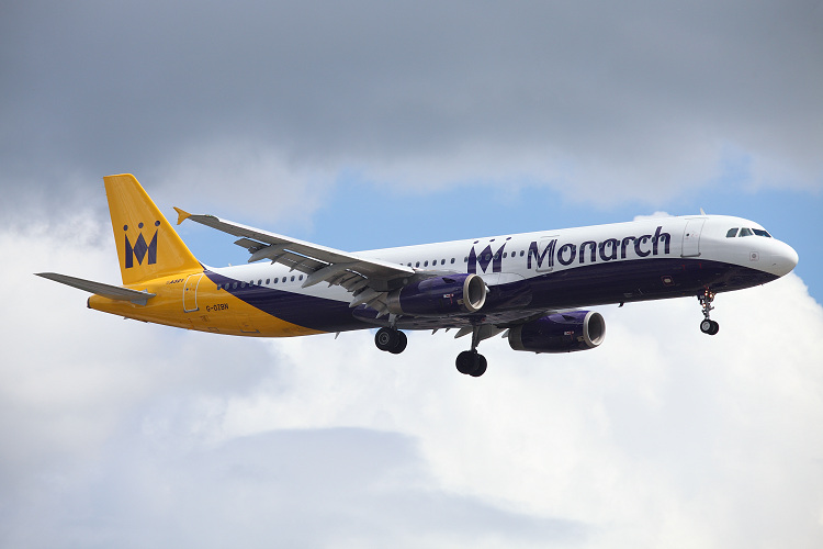 Airbus A321-231, Monarch Airlines, registrace G-OZBN