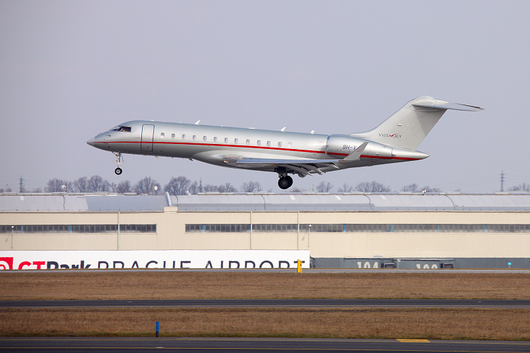 Bombardier BD700-1A10 Global 6000