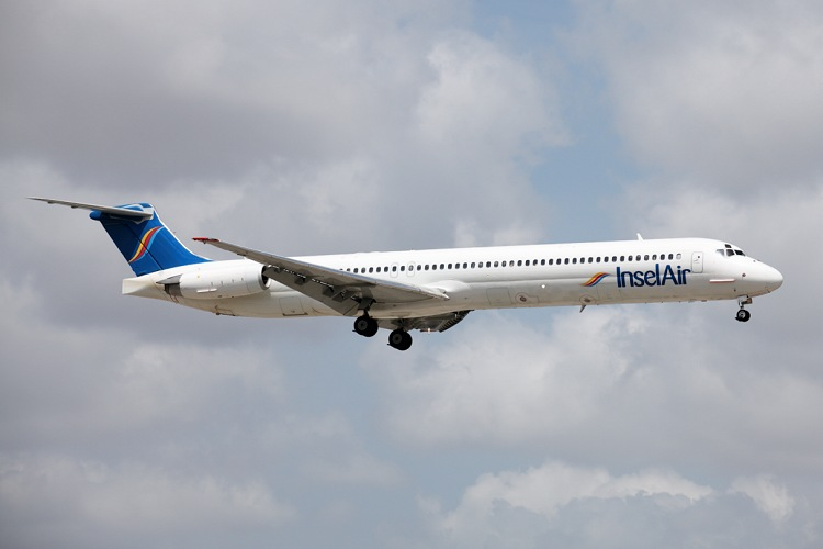 McDonell Douglas MD-83
